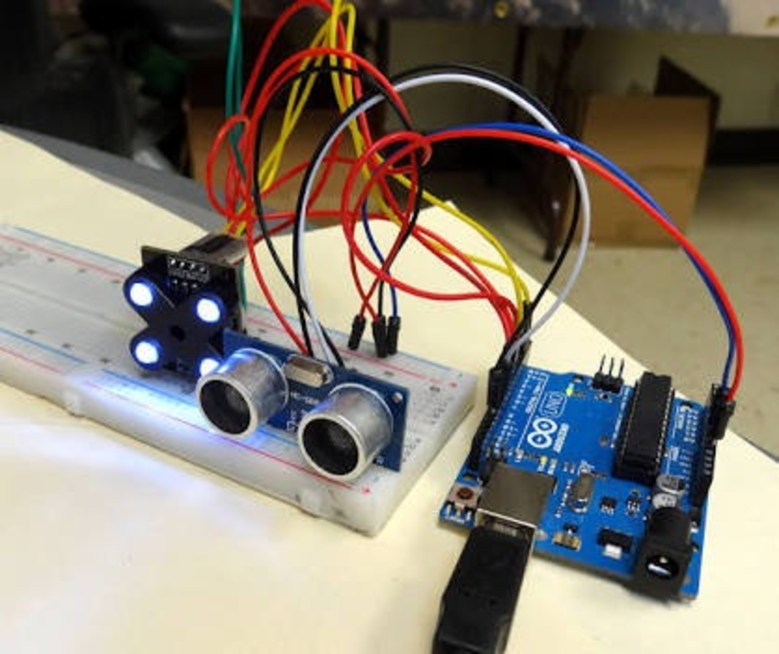 Workshop: Introduction to Electronics with Arduino - Sónar+D