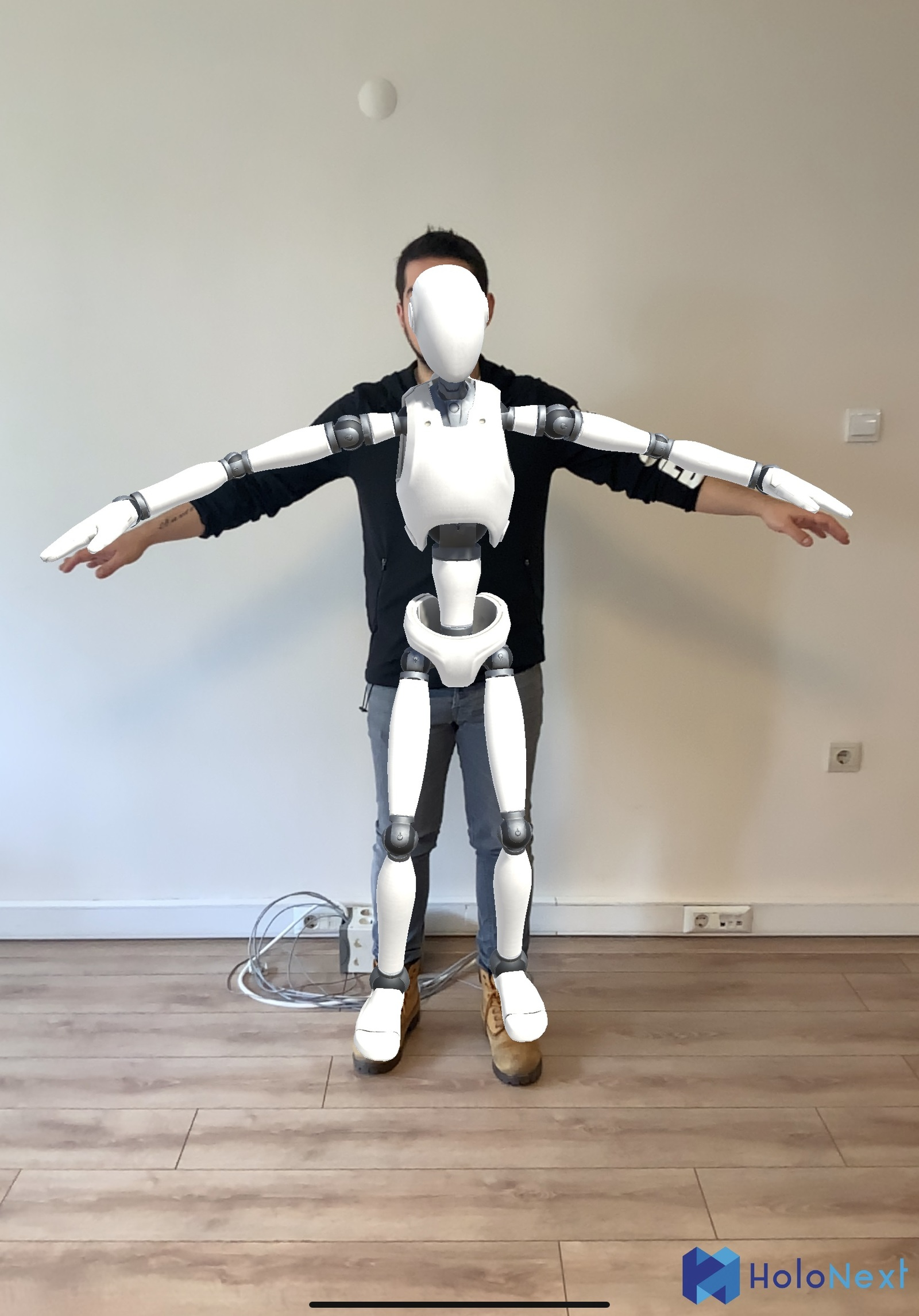 Human Body Augmentation by Holonext